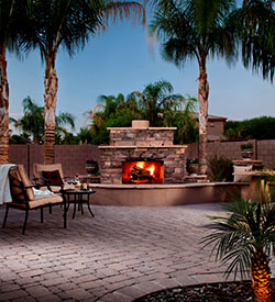 Rosie on the House Fireplace palms Belgard