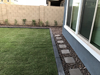 Rosie on the House Core Landscape Finished Lawn